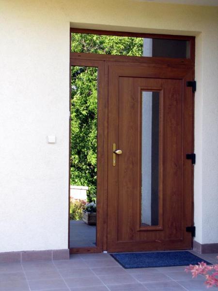 Plastové vchodové dvere<br> Autor: Demeter s.r.o., Nitra