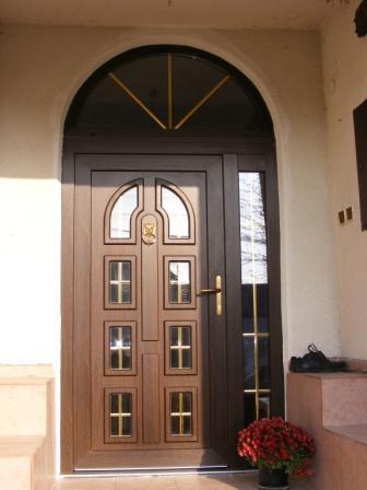 Vchodové dvere - plast<br> Autor: Vaše Okná, s.r.o., Vranov nad Topľou
