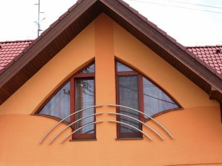 Atypické eurookná<br> Autor: Csaba Dioši - WinDoors, Čata