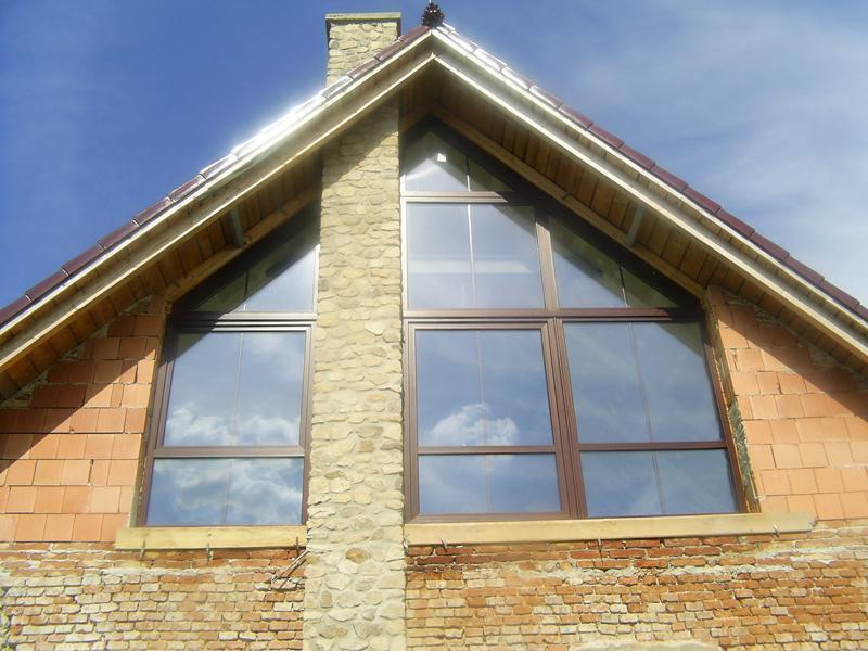 Atypické okno <br> Autor: <a href=http://okna.dobretipy.sk/gress-cz-bratislava>GRESS CZ s.r.o., Bratislava</a>