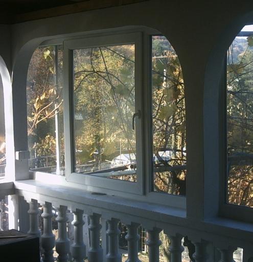 Atypické plastové okná<br> Autor: Holi s.r.o., Nové Zámky