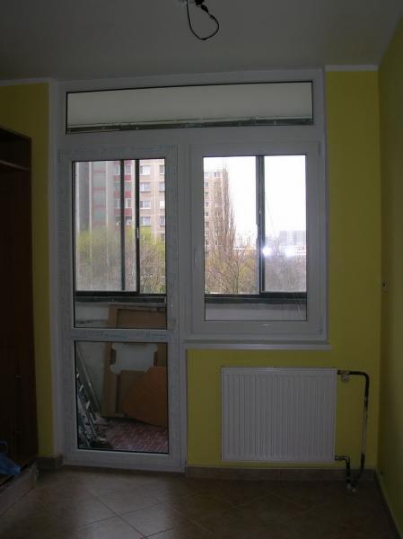 Balkónová zostava <br> Autor: <a href=http://okna.dobretipy.sk/rolkom-sro-bratislava>Rolkom s.r.o., Bratislava</a>