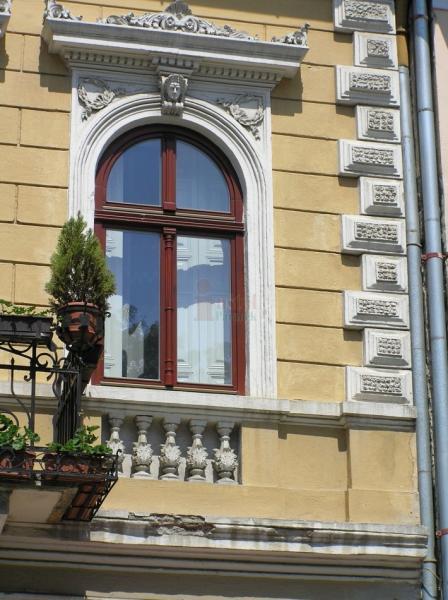 Dobove historické drevené okno<br> Autor: Ján Parobek - INŠTAL, Klenovec
