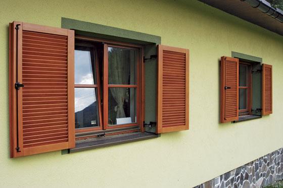 Drevené eurookná s okenicami <br> Autor: Jendrol Anton ml.- DREVOSTAV, Ladice