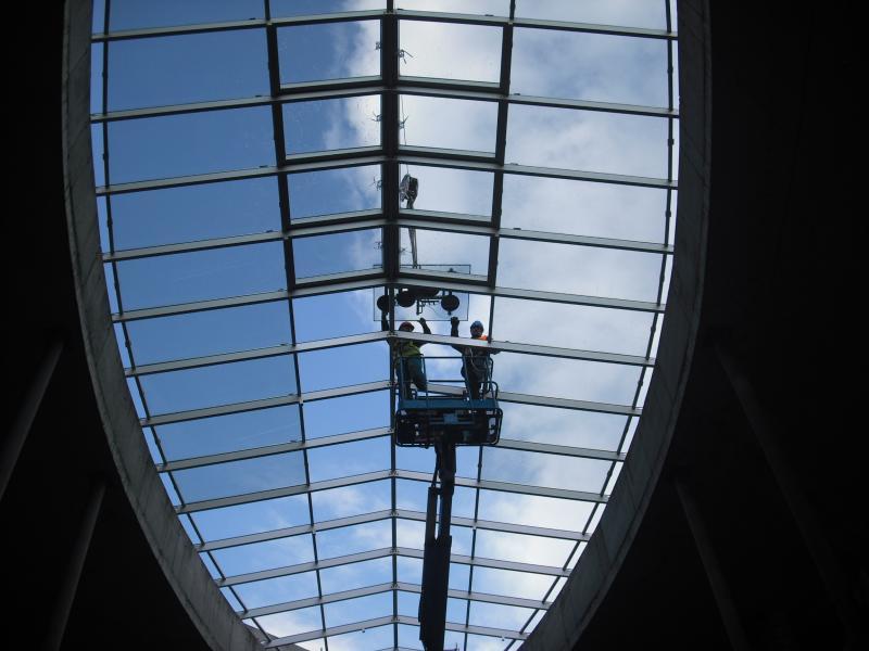 Kupolovitý strešný svetlík z hliníka (samonosná konštrukcia) <br> Autor: AL-OCELL, s.r.o., Bratislava