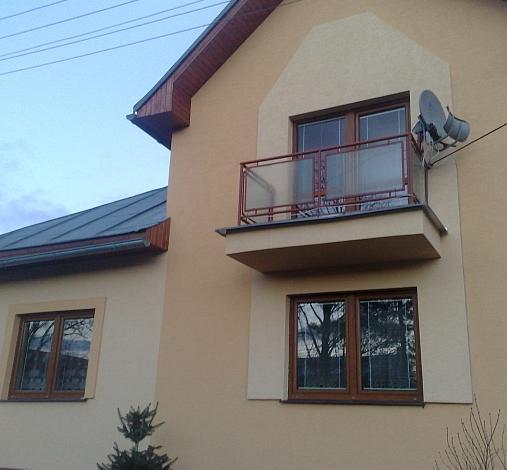 Nové plastové okná v staršom rodinnom dome<br> Autor: DIANN s.r.o., Brezno