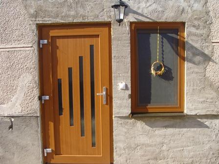 Plastové okno a dvere<br> Autor: <a href=http://okna.dobretipy.sk/roja-groop-sro-senica>ROJA GROUP s.r.o., Senica</a>