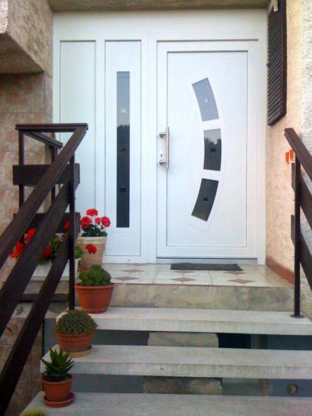Plastové vchodové dvere<br> Autor: SONIPEX, Galanta