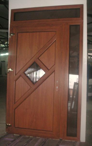 Vchodové dvere<br> Autor: <a href=http://okna.dobretipy.sk/zuzana-petrikova-zw-okno-lipany>ZW-OKNO, Lipany</a>